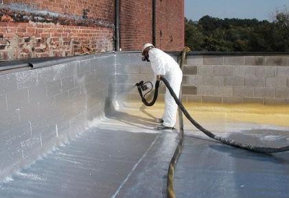 房顶墙壁防水聚脲喷涂施工中